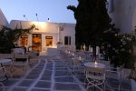 Astra - Mykonos Club accept cash payments