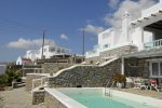 Bill & Coo - Mykonos Hotel with air conditioning facilities