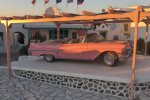 Pink Cadillac - Mykonos Restaurant with american cuisine