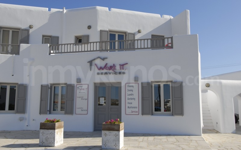 Work It Service Agency - _MYK0063 - Mykonos, Greece