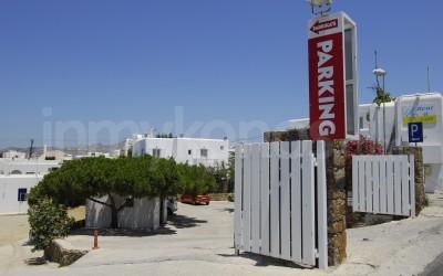 Fabrika's Parking