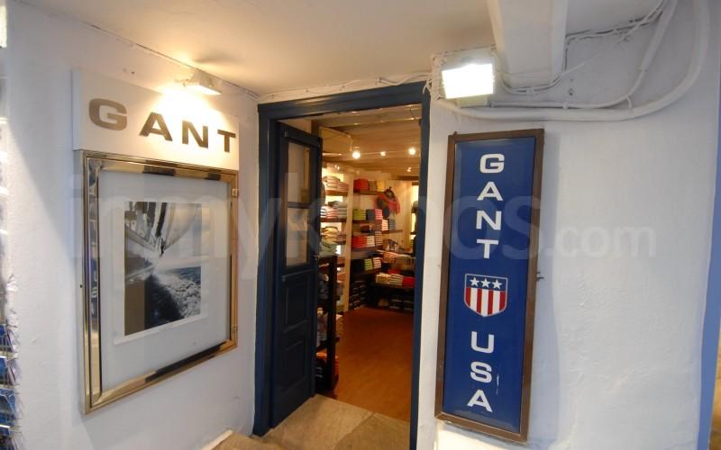 Gant clothing store